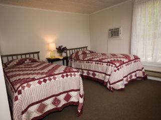 Rooms, Ames Farm Inn